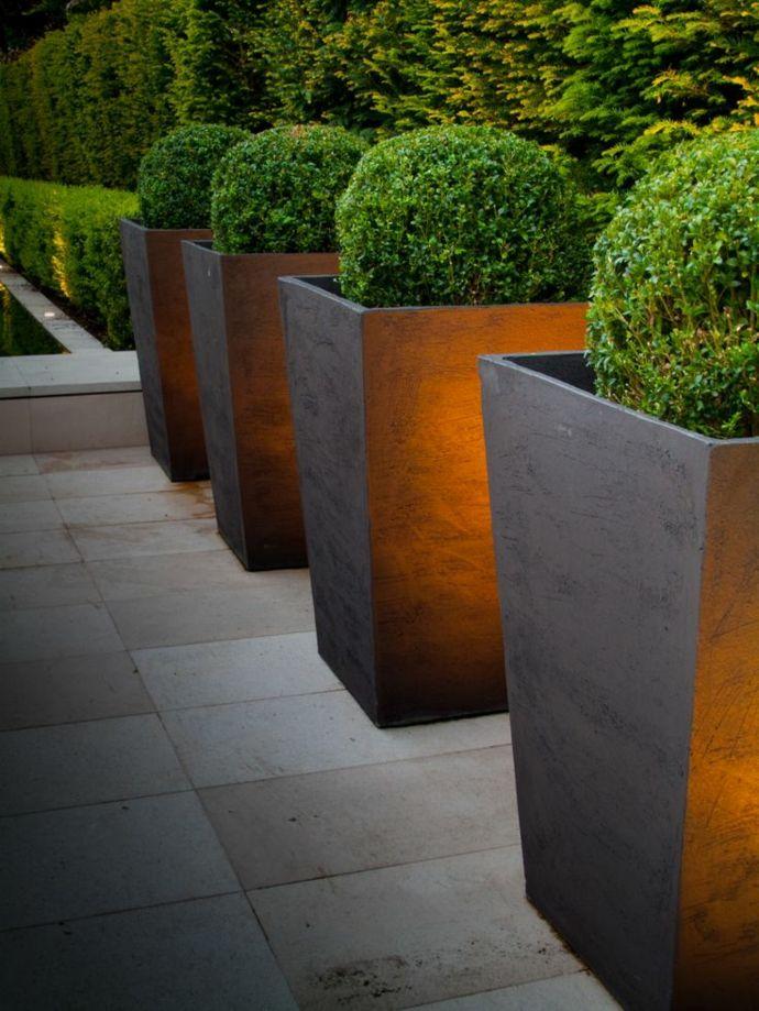 Moderne Gartengestaltung-Landschaft im minimalistischen Stil