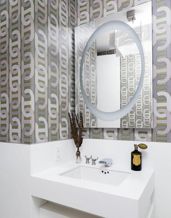 Moderne kettenartige Fototapete in Weiß und Silber-Badezimmer Tapete