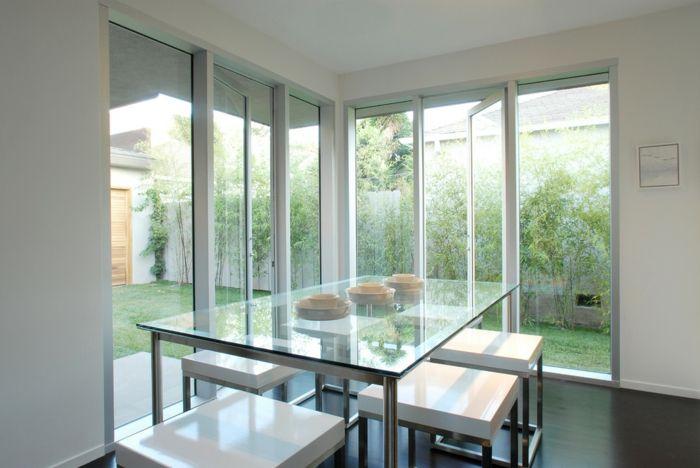 Moderner Essbereich mit Aussicht-Glastisch Esstisch aus Glas Essbereich modern Einrichtung