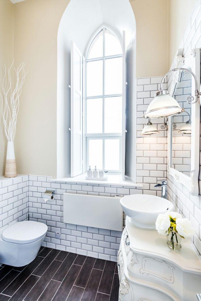 Modernes Badezimmer mit Vintage Elementen-Altbau Renovierung Ziegelbau Zementfliesen ländlich rustikal