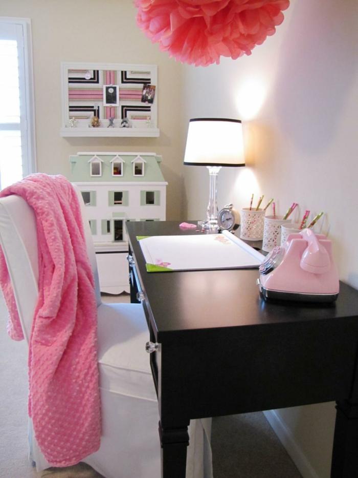 Modernes Jugendzimmer in Rosa mit schwarzem Schreibtisch-Jugendschlafzimmer Mädchen