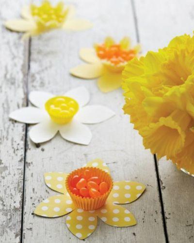 Osterblumen als Tisch Deko-Tisch Dekoration Ostern
