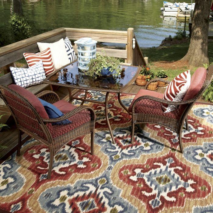 Perserteppich auf dem Hinterhof-Exotische Teppichideen