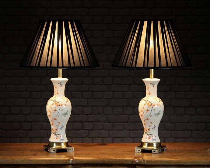 Retro Antik Porzellanvase Schmetterlinge Kirschblüte-Orientalische Lampen