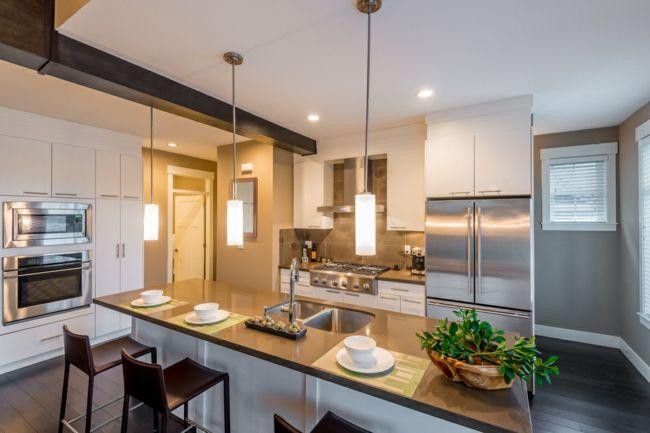 Sauberkeit und Ordnung-Feng Shui Regeln Tipps Spiegel Metall Holz Kücheneinrichtung