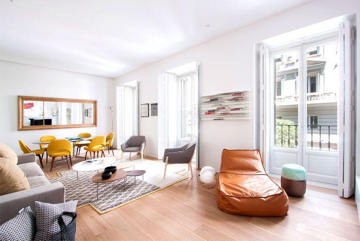 Schicke Einrichtung der Loft-Möbel Sessel-Daybed