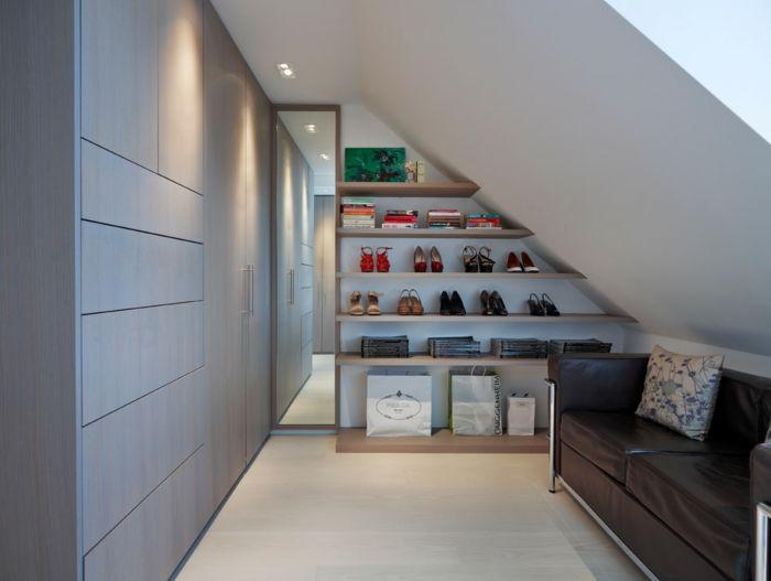 Schicker Kleiderschrank für die moderne Frau-Kleiderschrank Ankleider Luxus Ledersofa Dachschräge