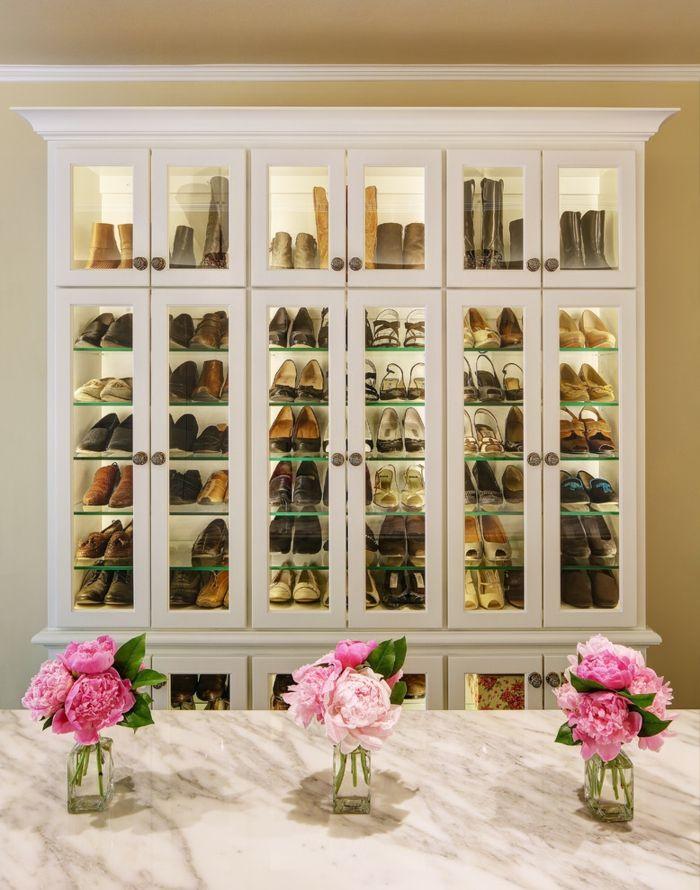 Schuhaufbewahrung für die moderne Frau-Offener begehbarer Kleiderschrank Glasvitrinen Weiß