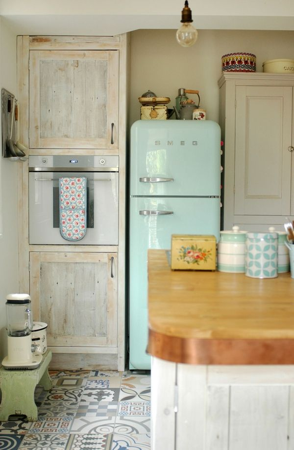 Shabby Chic Küche in Pastellfarben-amerikanischer Kühlschrank Kücheneinrichtung