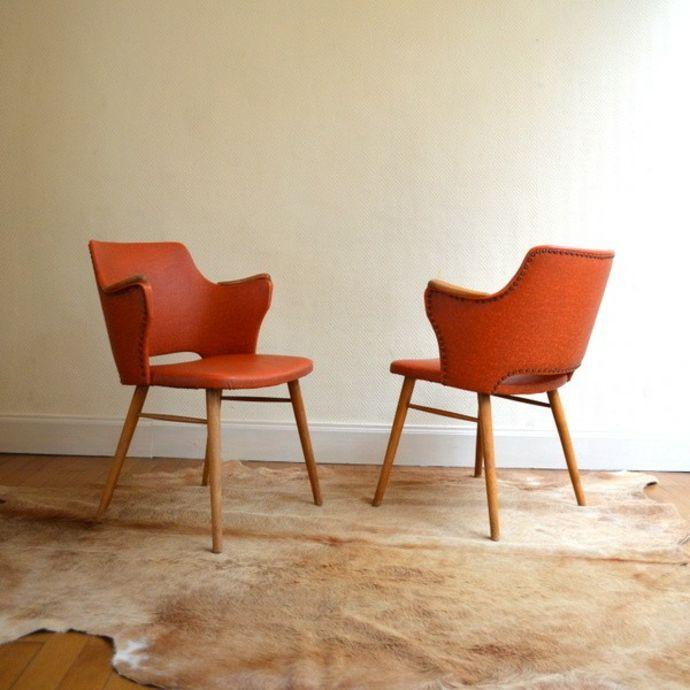 Tierfell Teppich Designer Stuhl Holzbeine Orange