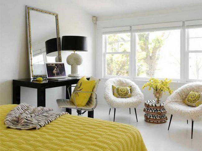 Trendfarbe Gelb, Strickoptik, Wandspiegel, Stehleuchte-Einrichtungstrends
