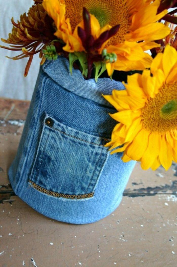 Vase aus alten Jeans-Moderne Ideen für Vasen DIY