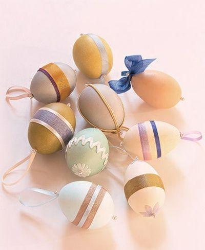 Verschiedene Ornamente-Tisch Dekoration Ostern