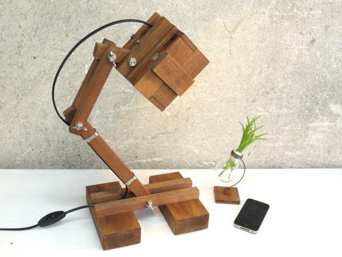 Verstellbare Tischlampe fürs Büro-Beleuchtung fürs Büro aus Holz