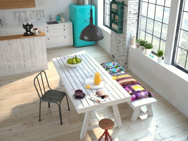Wohnaccsessoires in strahlenden Farben- Skandinavisches Design