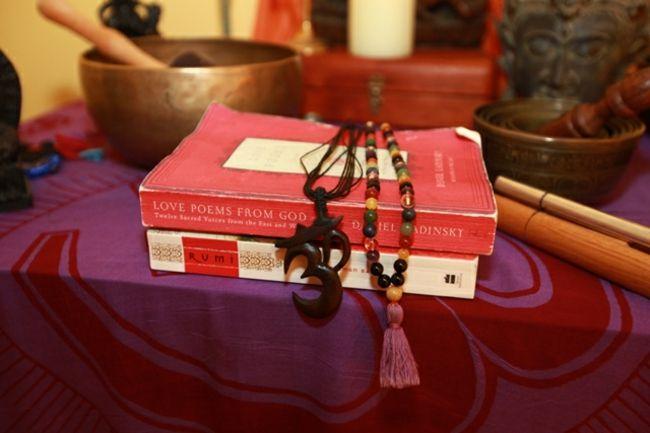 Yoga, Meditation, Mala, Om, Klangschale, Altar