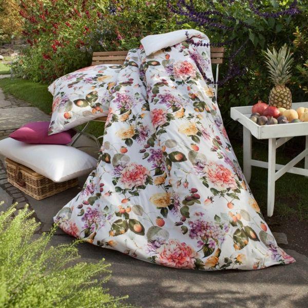 Bettwäsche aus Baumwolle mit Blumenprints macht gute Laune-Wohnaccessoires