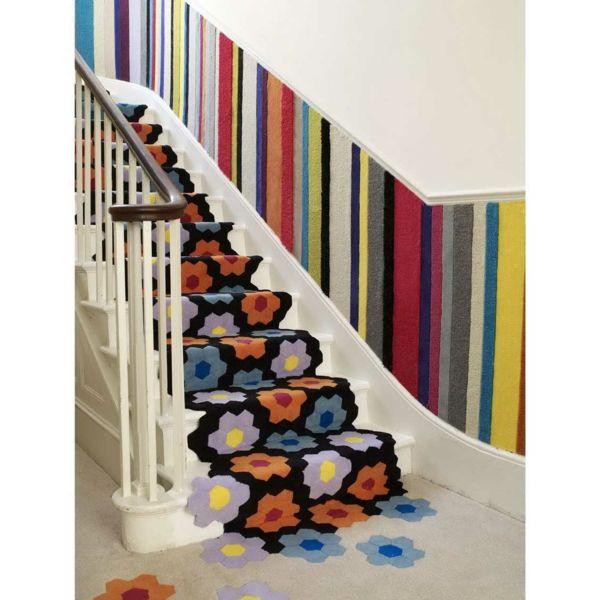 Blumenmuster Teppich Teppichboden Flur auffällig Ideen-Treppe Teppich