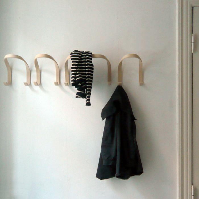 Der Wandhaken aus Holz mit drei Aufhängungen -Garderobenhaken Flur Eingangsbereich Kinderzimmer