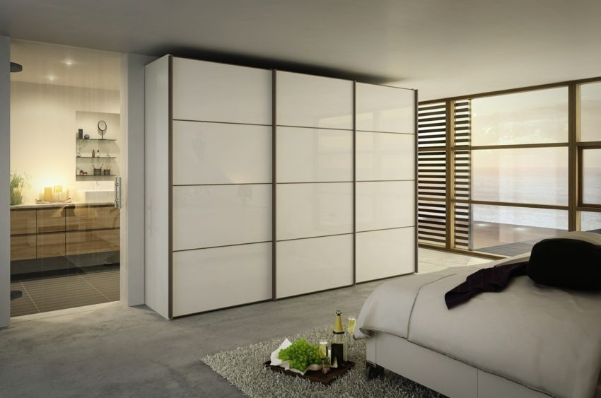 moderne kleiderschr nke vom wunschzettel. Black Bedroom Furniture Sets. Home Design Ideas