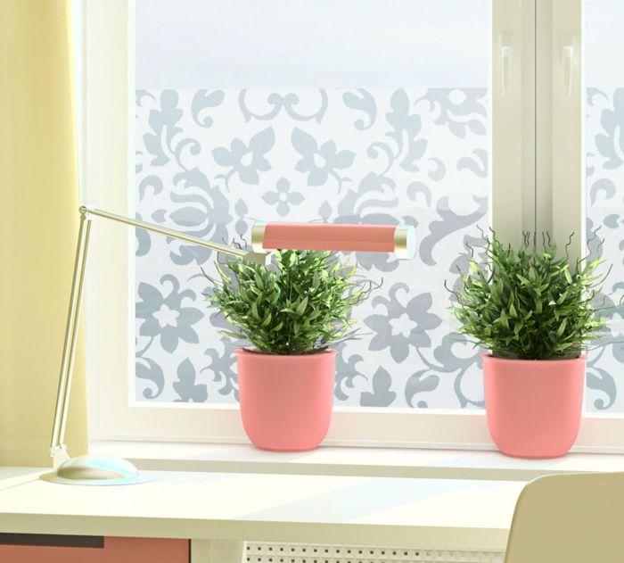 Die Privatsphäre in der Küche schützen mit Streublümchenmuster-Fensterfolie Milchglasfolie
