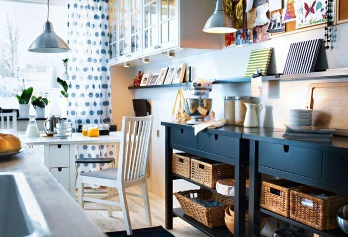 Esszimmer in vielfältigen Farben-Ikea Regal Stuhl Esstisch