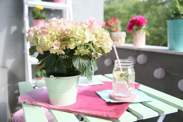 Frühlingsfarben Pastellfarben Entspannen Balkongestaltung