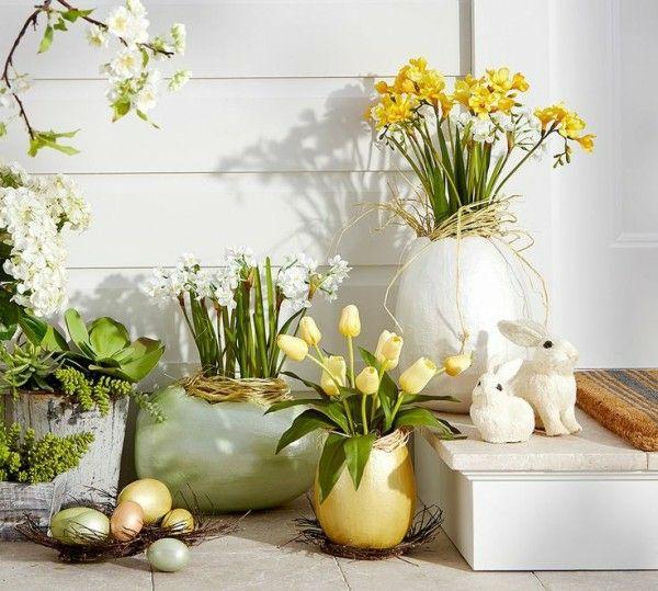 Frühlingshafte Deko Haustür Äste DIY