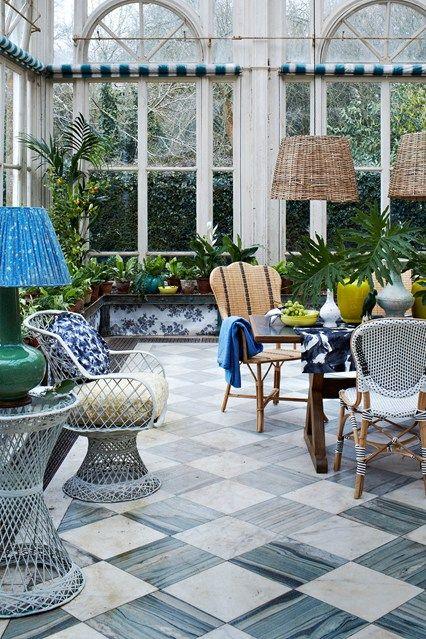 Gewächshaus Gartenmöbel botanisch Muster eklektisch