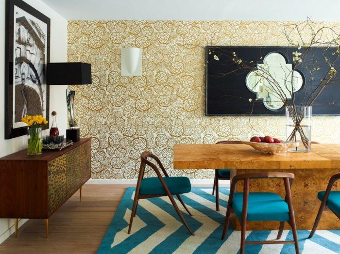 Goldene Tapete Blumen Motiv Esszimmer