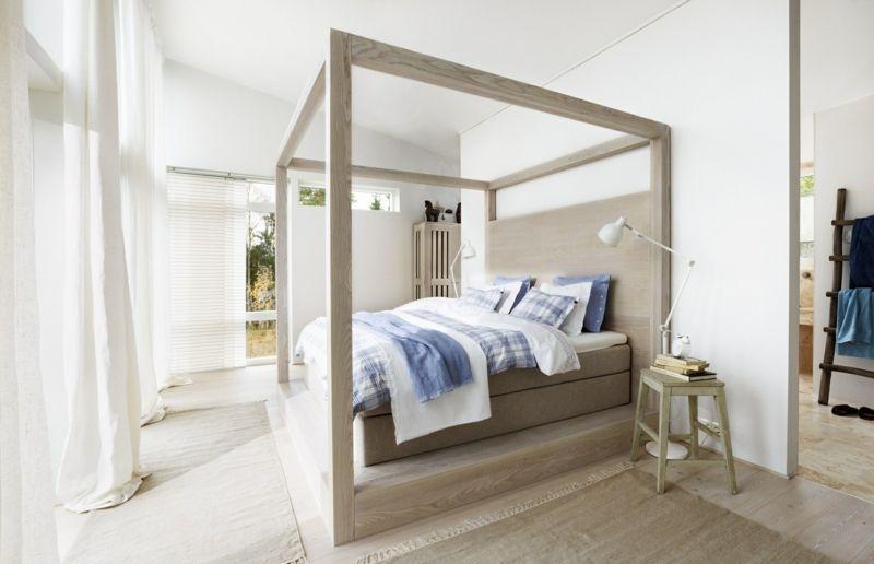 Himmelbett Holz neutral minimalistisch Interieur