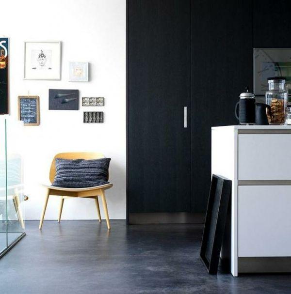 Küche Betonboden Schwarz Weiß Kontrast