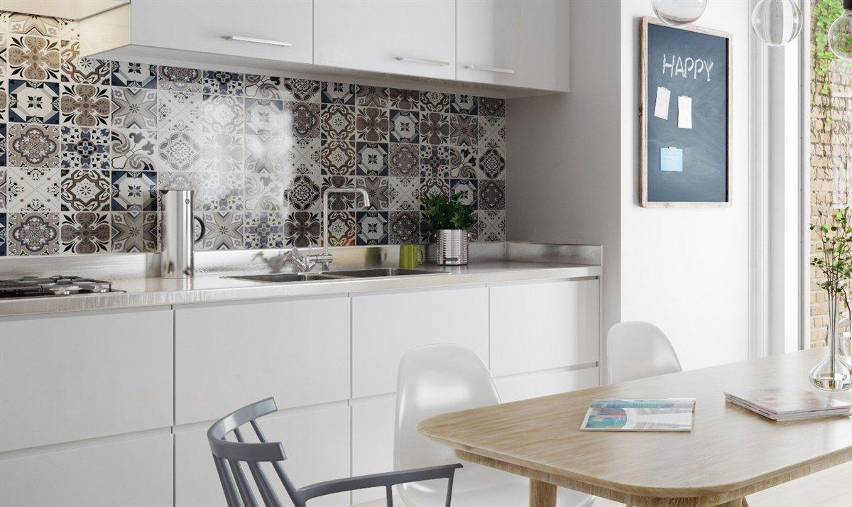Küche eklektisch Fliesenmuster weiße Fronten