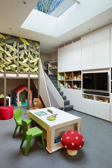 Kinder Wohndesign Idee Rutschbahn Dachfenster