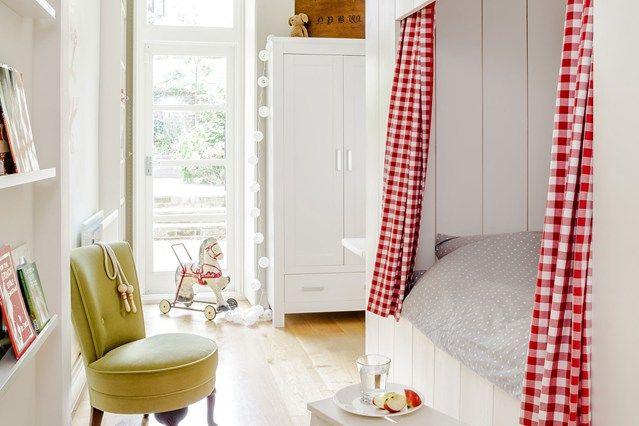 Kinderzimmer Kojenbett Wand weiß