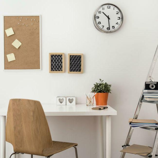 Korktafel Schreibtisch gestalten Dekoleiter Wandgestaltung