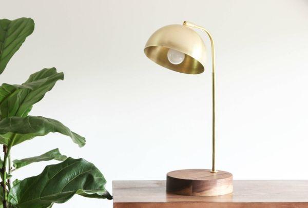 Kunstvolles zeitloses Design-Tischlampe Messing Holz
