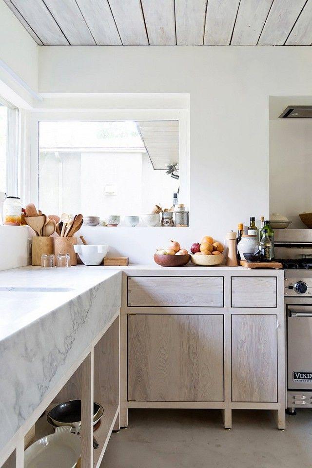 Mattierte Oberflächen-Küchenfronten weiß Marmor modern