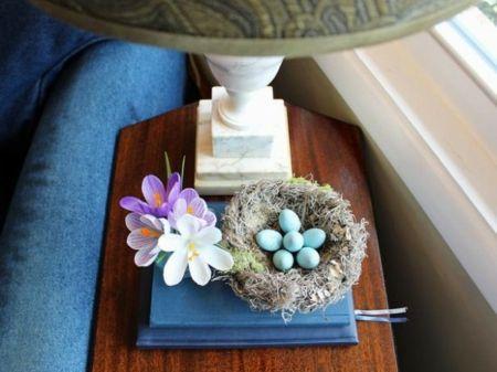 Ostern basteln Blumen Beistelltisch Deko