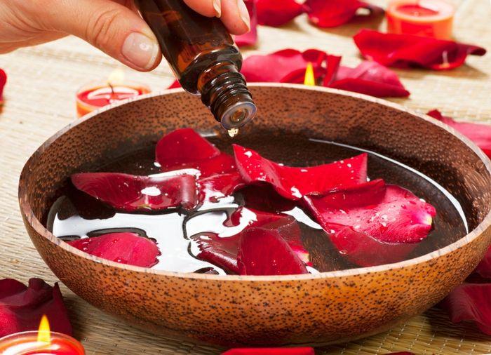 Rösenöl Rosenblätter DIY Duftspender
