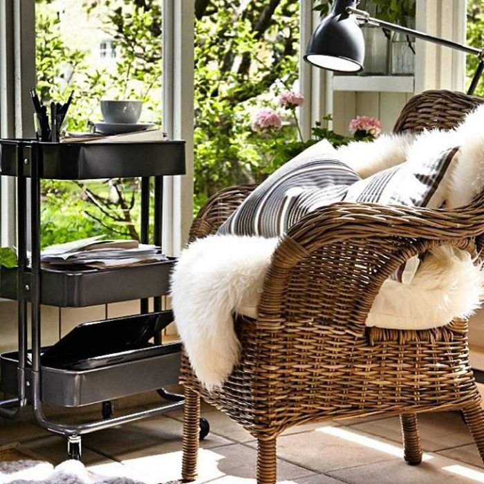Rattansessel mit Lammfellimitat-Ikea Sitzmöbel Heimbüro Hobby