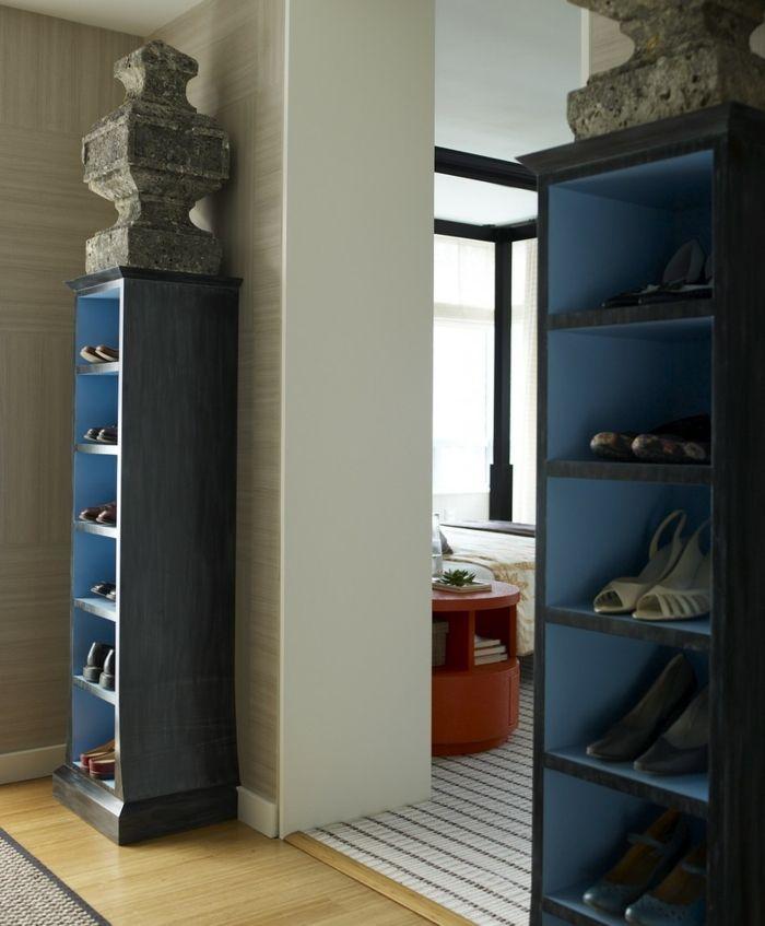 symmetrische einrichtung f r gelungenes wohndesign. Black Bedroom Furniture Sets. Home Design Ideas