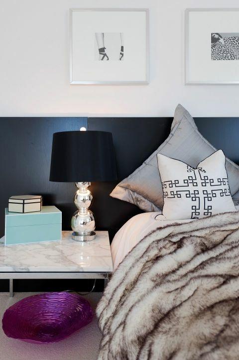 Schlafzimmer günstig Kopfteil schwarz Nachttisch Lampe