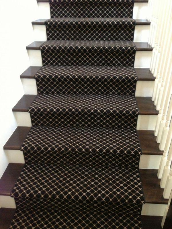 Teppich Treppen Flur rautenförmig Braun-Treppe Teppich