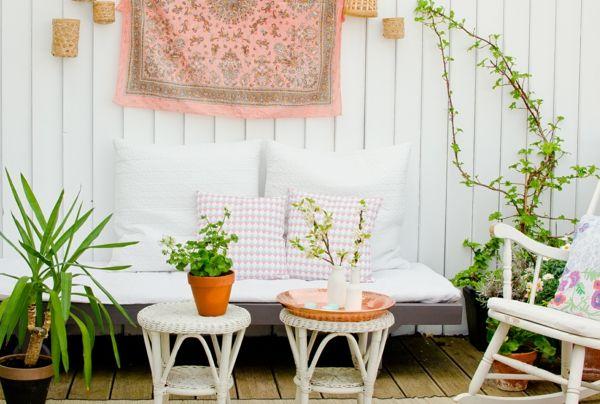 Terrakotta-Töpfe Rückzugsort Cremefarben