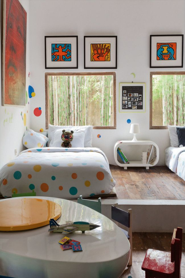 Ungewöhnliche Möbelstücke und farbliche Akzente machen das Kinderzimmer zum Designer-Zimmer-Kinderzimmer Möbel