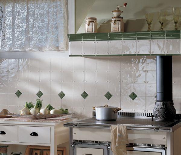 Wandfliesen Küchenrückwand dezent