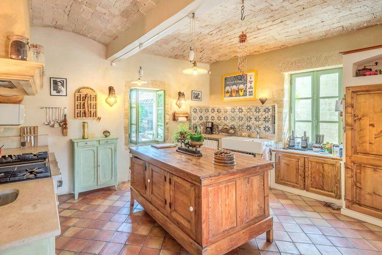 eine echte Landhaus-Küche