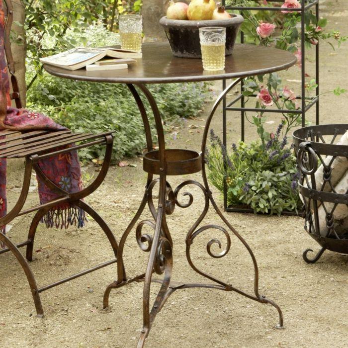 nostalgische Gartenmöbel aus Schmiedeeisen-Idee zum Wohnen
