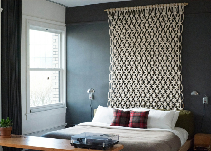 shabby-chic-möbel-boho-style makramee schlafzimmer